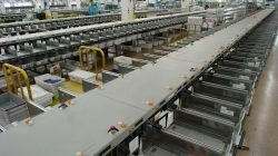 Mail_sorting_assembly_line